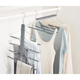 Prostorově úsporná ramínka na šaty